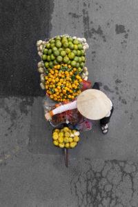 hanoi street vendor 4