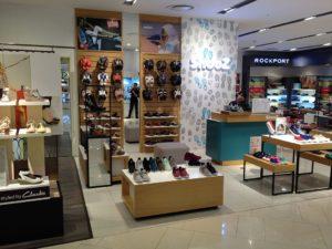 Lotte centre Hanoi Vietnam shoe shopping