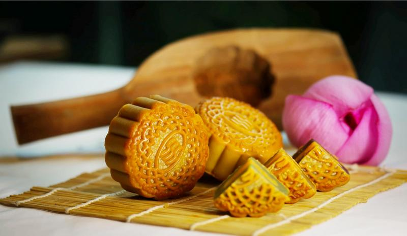 mooncakes-in-vietnam-02