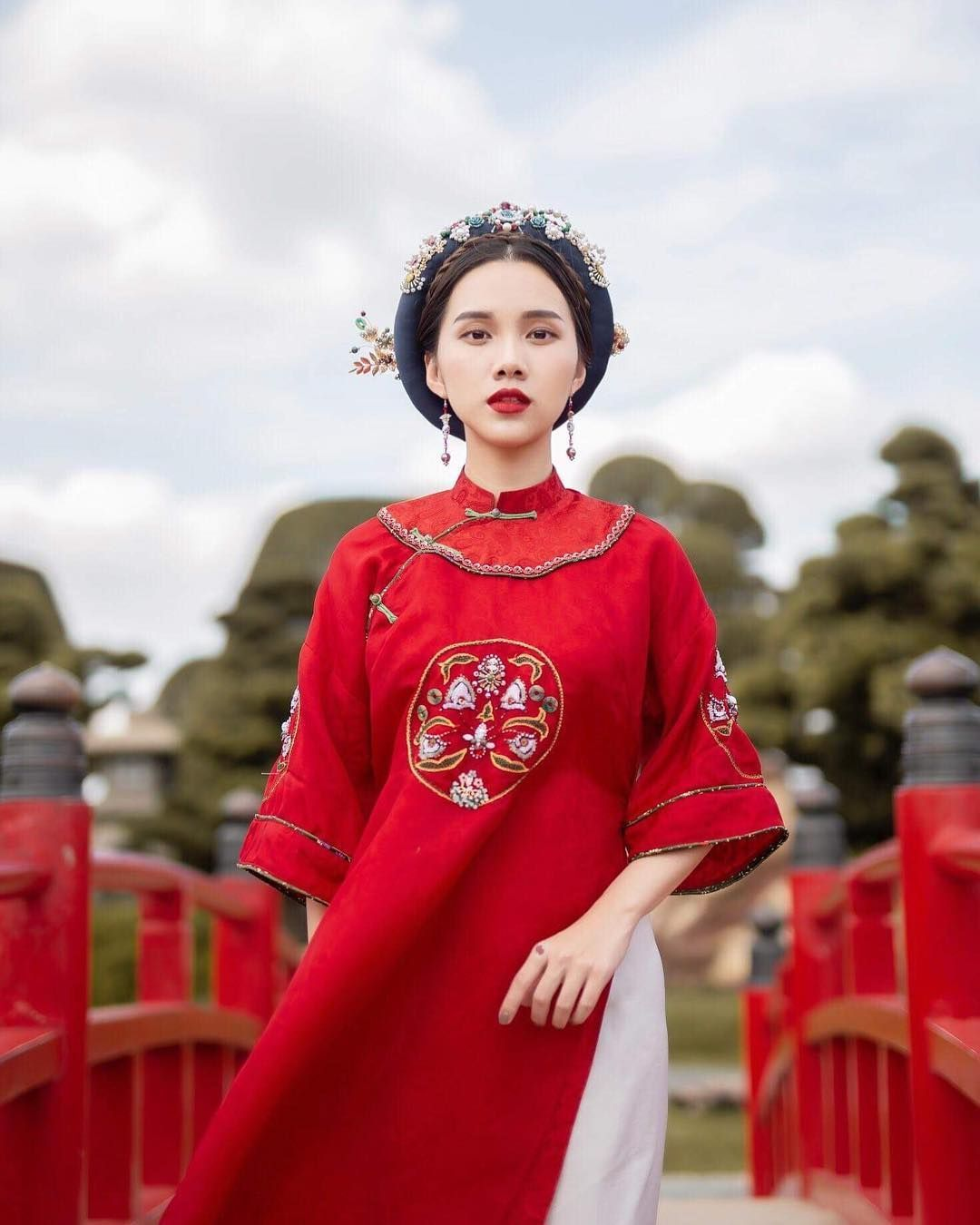 The present Ao Dai with numerous styles